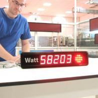 Display Energy-Tutor con consumo in Watt e semaforo rosso