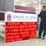 Tabello elettronico MX8-6-20INFC per messaggi dal Comune alla città