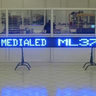 Display monolinea a led blu per esterno visibile di giorno con luce solare diretta