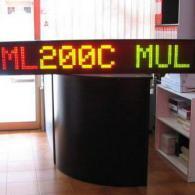 Visualizzatore a led monoriga con collegamento a PC o telecomando