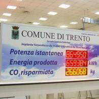 Tabellone luminoso per visualizzazione dati di produzione impianti