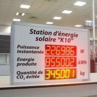 "Display model PWD7-75C3 energy monitor french ""Station d'énergie solaire"""