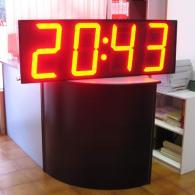 Display a led con ora data e temperatura rosso sempre visibile. produzione italiana