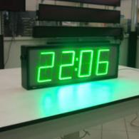 Orologio led verdi ora data temperatura per esterno negozi e capannoni industriali