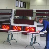 Orologio gigante a led TM15 da esterno IP54 con sincronismo orario GPS