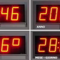 Visualizzazione ora anno data temperatura su display a led da esterno