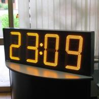 Sistema cronometraggio per campi sportivi