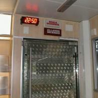 Display orologio montato ora allarme incendio rosso 4 cifre
