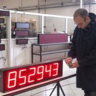 Led display per monitoraggio pezzi prodotti e obiettivo