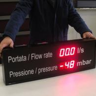 Visualizzatore industriale a led pressione e portata per centrale idroelettrica