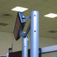 Display a led monolinea montato su stativo-cavalletto per fiere ed espozione