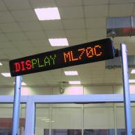 Riga a led monolinea ML70C tricolor rosso giallo verde, telecomando e PC
