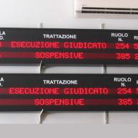 Display a led a 2 righe con grafica personalizzata Tribunale Catania