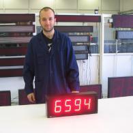 Pannello numerico led protocollo modbus per pezzi prodotti
