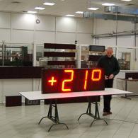 Display termometro orologio da esterno protetto da agenti meteorologici