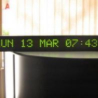 Display verde a led orologio, data e giorno della settimana per industrie